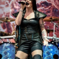nightwish-12-06-2016-download-fest-15