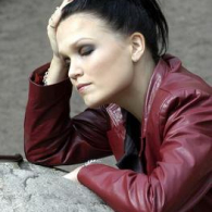 tarja-promo-different-1-44