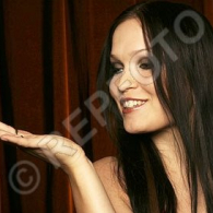 tarja-promo-different-1-54