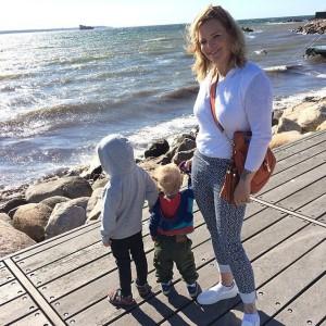 Анетт Ользон с детьми, фото