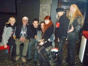 Туомас Холопайнен с женой, родителями и музыкантами Nightwish, фото